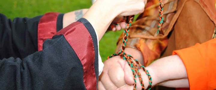 Handfasting and Pagan Wedding Ceremonies | An Alternative-Religious Wedding!