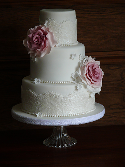 wedding cakes gloucestershire cupcake delight gloucestershire cupcakes 24439