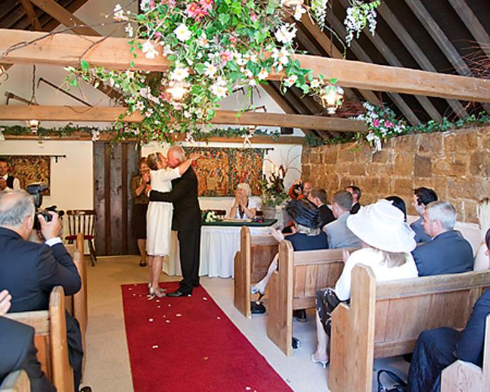 Barnsgate manor vineyard wedding cakes