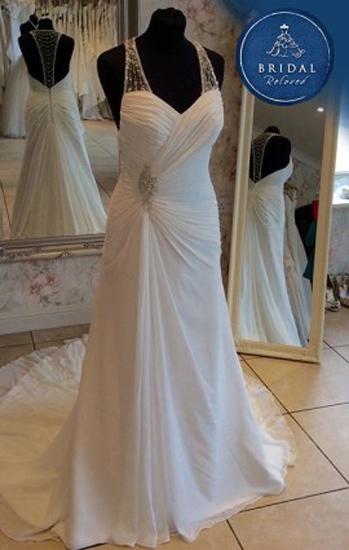 Bridal reloved dorchester pre owned wedding dress for Pre worn wedding dresses