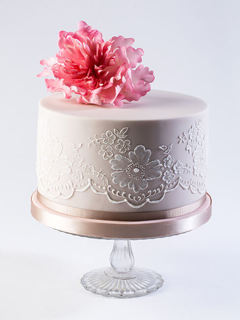 wedding cake suppliers gloucestershire cake company wedding cakes poundbury in dorchester 25827