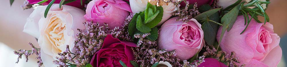 the real flower company - wedding florist based in west sussex