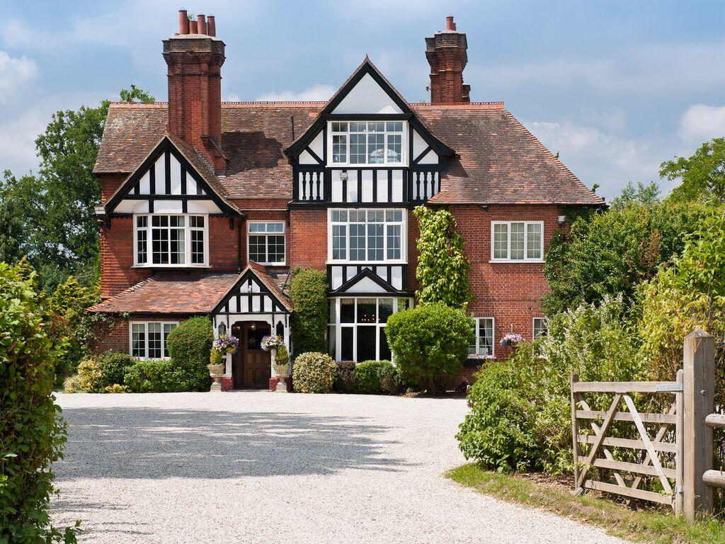 Trunkwell house weddings for Berkshire house