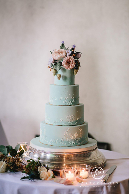 Sylvia S Kitchen Bespoke Wedding Cake Designer Based In East Sussex