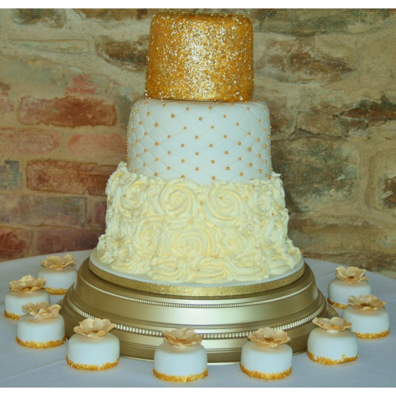 wedding cakes buckinghamshire gaynor s cakes 23968