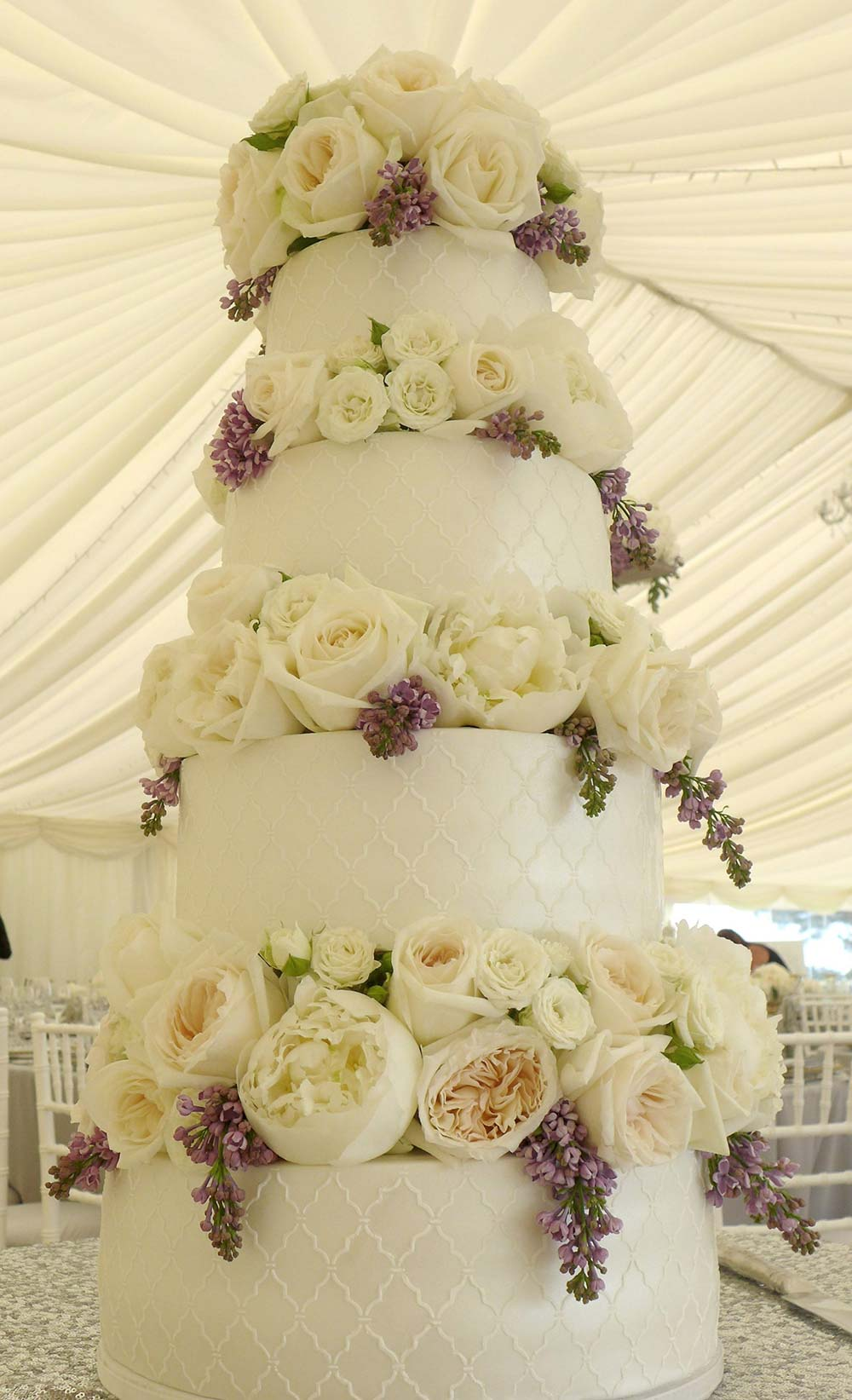 Cemyln cakes - wedding cakes Bristol
