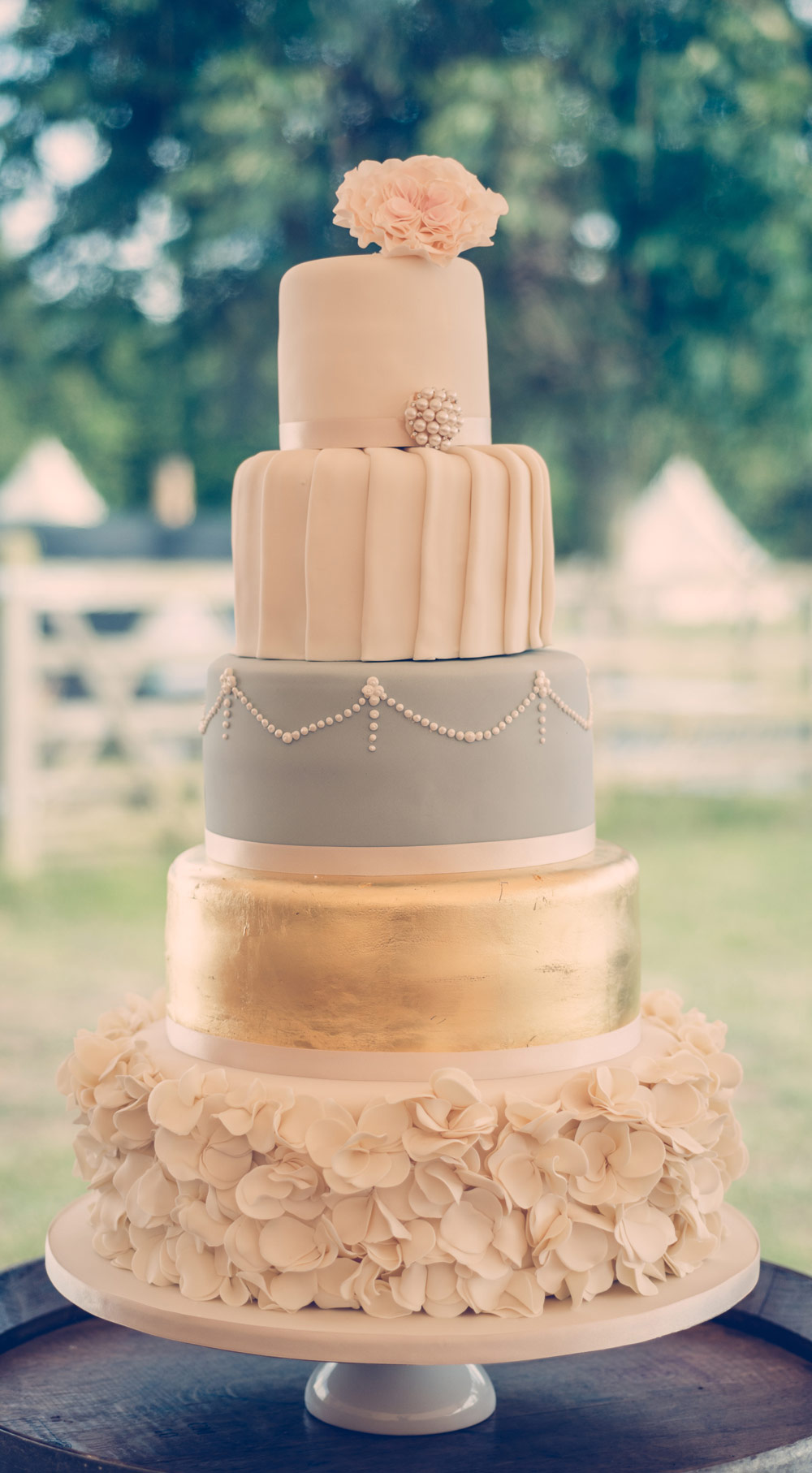 wedding cakes derbyshire area the pretty cake company weddings wedding cakes oxfordshire 24180