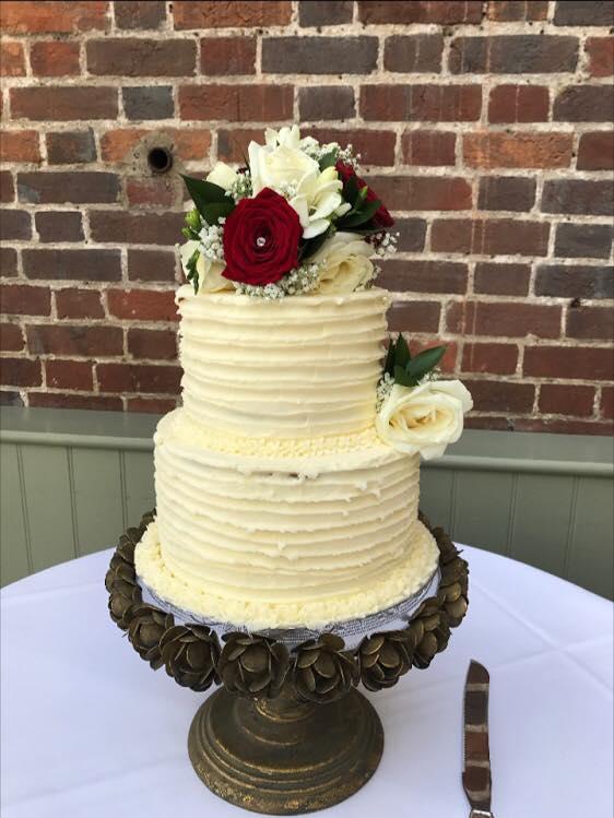 Clock Tower Cakes - Weddings Wedding Cakes Bedfordshire
