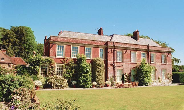 Yarlington House