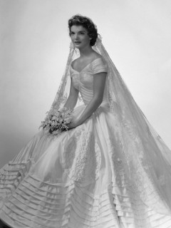 Iconic wedding dresses of the '50s