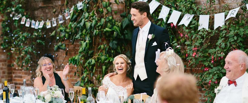 How to Write the Perfect Groom Speech | The Wedding Secret